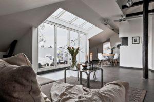 Bjurfors Home, Regementsgatan 19