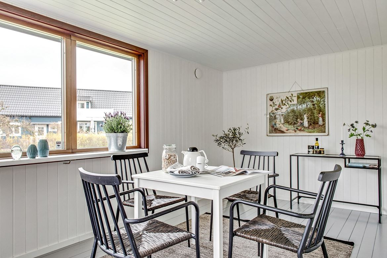 Bjurfors Home, Vinbergsväg 16