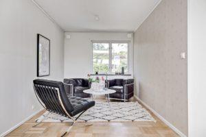styling villa fåtöljer svart läder