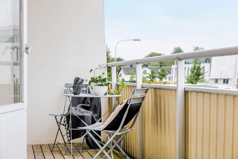 balkong kaféset styling inredning